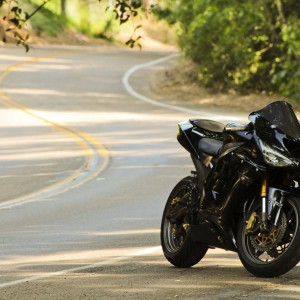motorbikes_kawasaki_zx10r_Wallpaper_3110x2073_www.wallpaperswa.com
